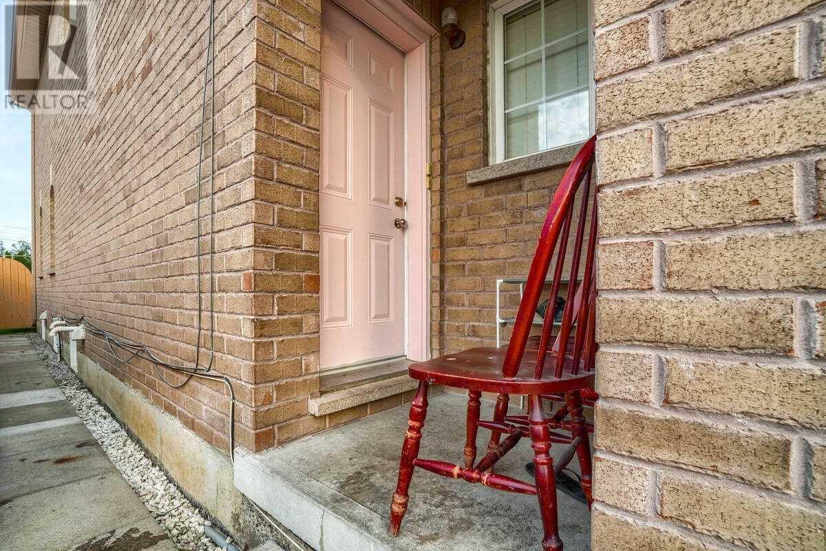 69 Tahir St, Vaughan, Ontario  L6A 4B4 - Photo 33 - N5261583