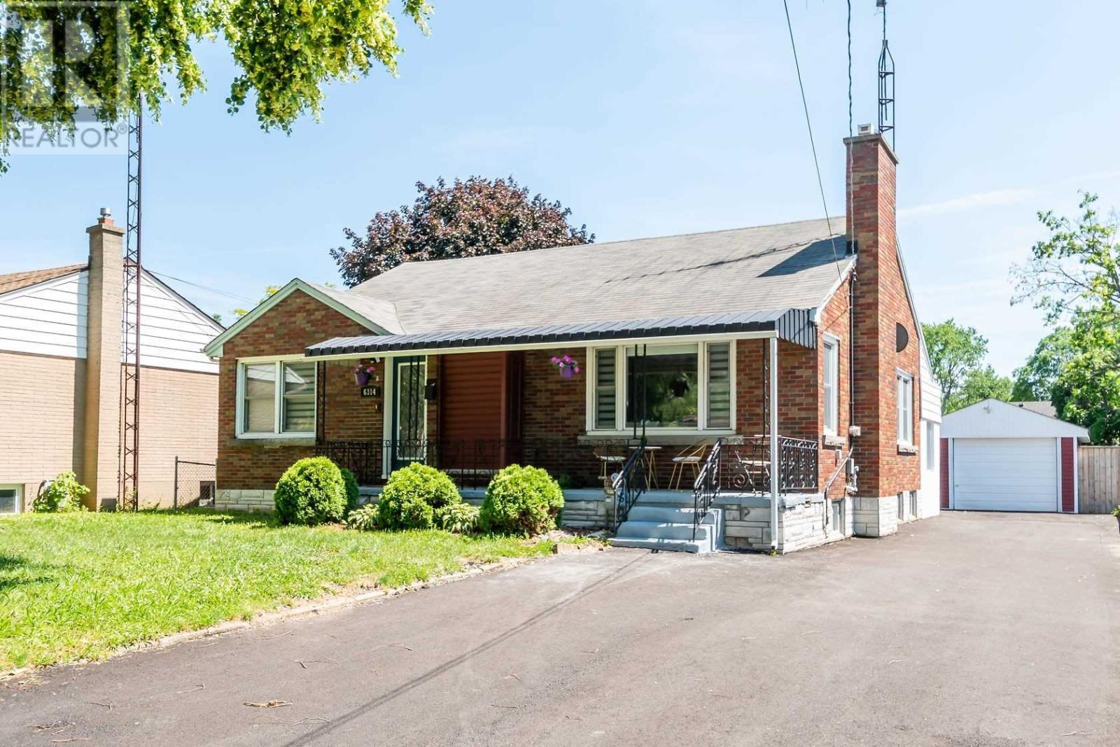 6314 Margaret St, Niagara Falls, Ontario  L2G 2T3 - Photo 2 - X5279316
