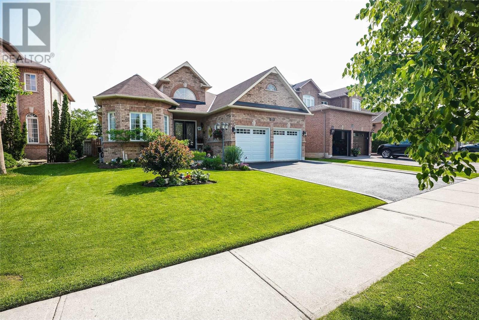 22 Robinson Rd, Halton Hills, Ontario  L7G 6G5 - Photo 1 - W5287864