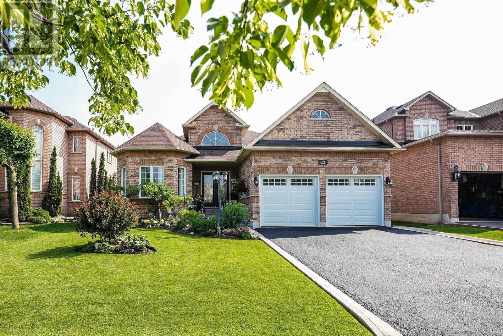 22 Robinson Rd, Halton Hills, Ontario  L7G 6G5 - Photo 2 - W5287864