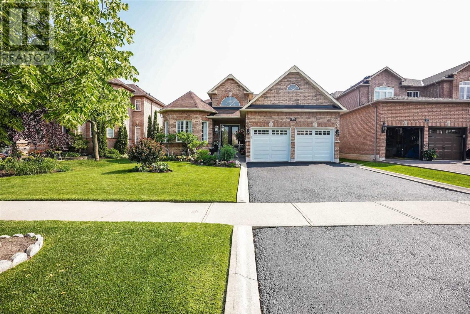 22 Robinson Rd, Halton Hills, Ontario  L7G 6G5 - Photo 3 - W5287864