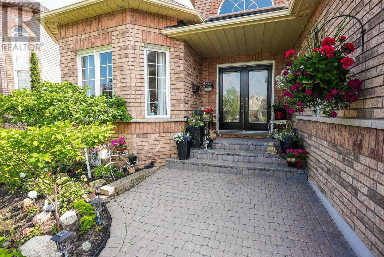 22 Robinson Rd, Halton Hills, Ontario  L7G 6G5 - Photo 5 - W5287864