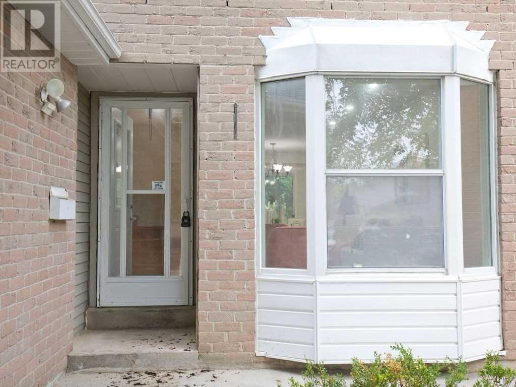 3153 Patrick Cres, Mississauga, Ontario  L5N 3G4 - Photo 7 - W5288912
